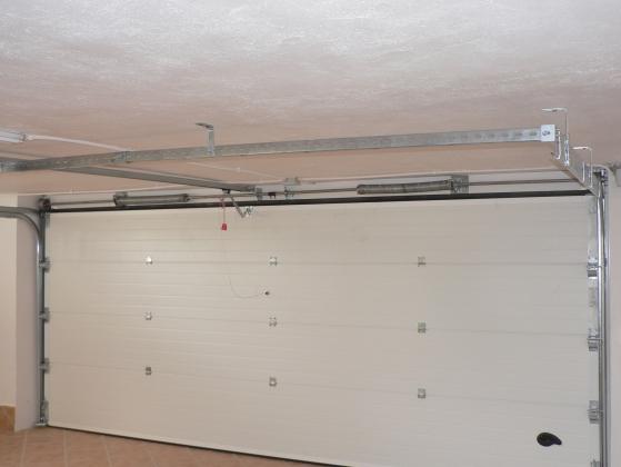 Puertas seccionales residenciales de garaje - Puerta de garaje seccional ...