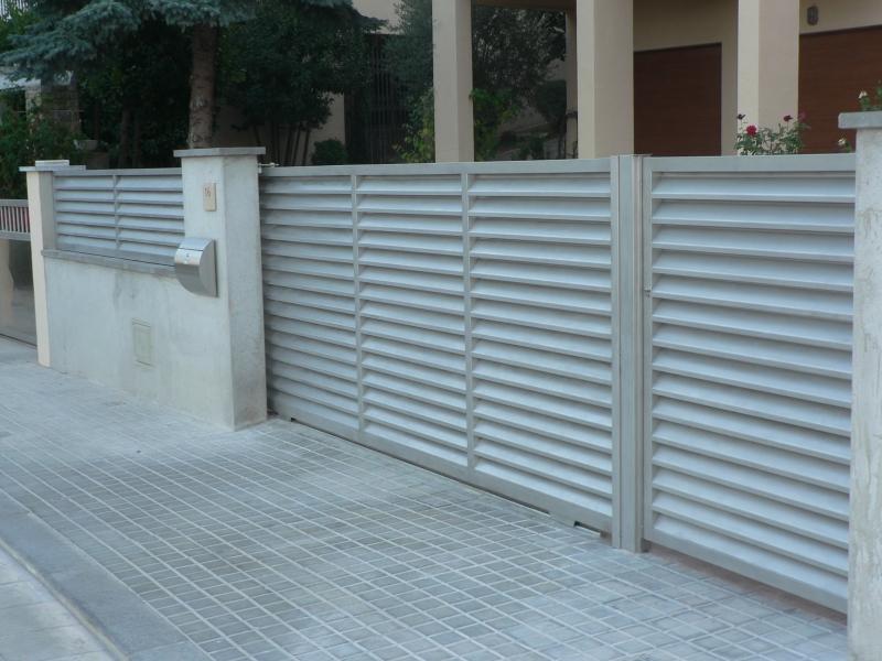 Pin puertas cancelas exterior entrada vivienda genuardis - Puertas vivienda exterior ...